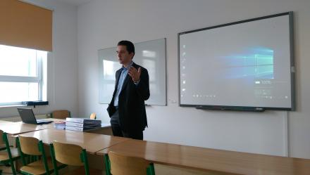 Lecture on Russian air law in Lazarski University - 687005350