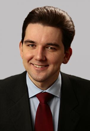 Александр Баталов